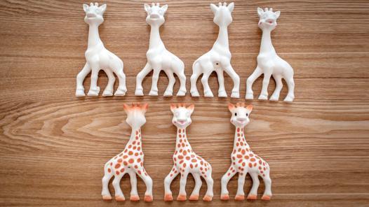 age de sophie la girafe