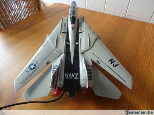 avion de chasse télécommandé