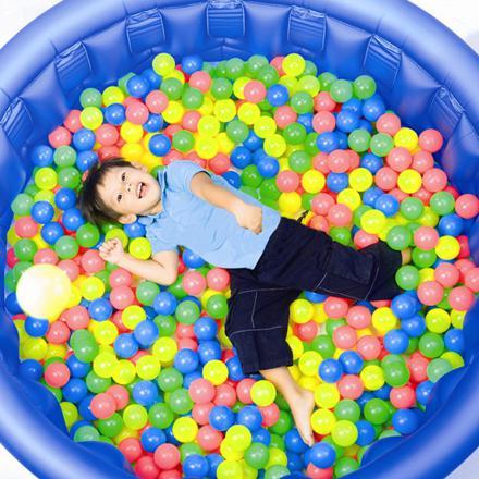 balles pour piscine à boules
