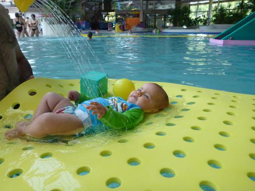 bébé nageur nimes