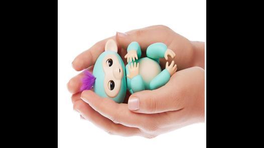 bebe singe agrippeur
