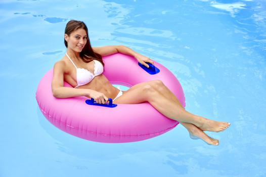bouee geante piscine