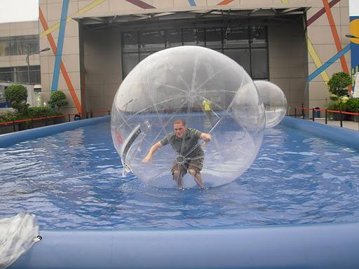 boule gonflable pour piscine