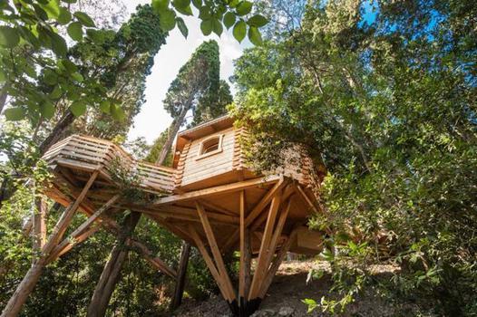 cabane dans les bois carcassonne