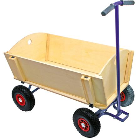chariot en bois à tirer