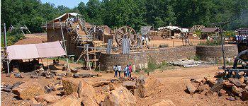 chateau fort en construction auxerre
