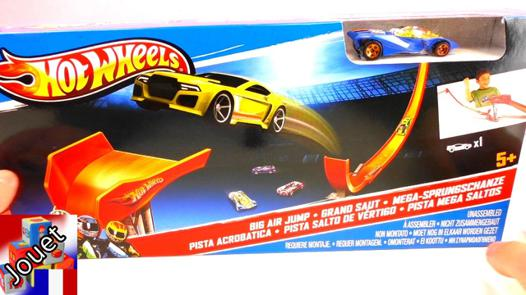 circuit de voiture hot wheels