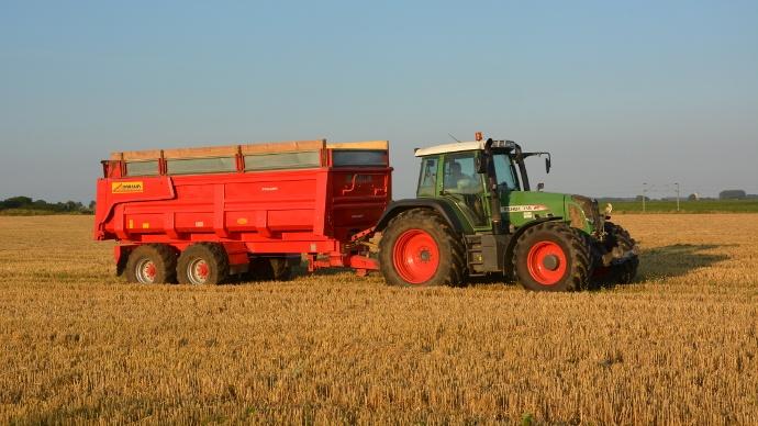 tracteur benne