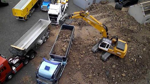 engin de chantier télécommandé
