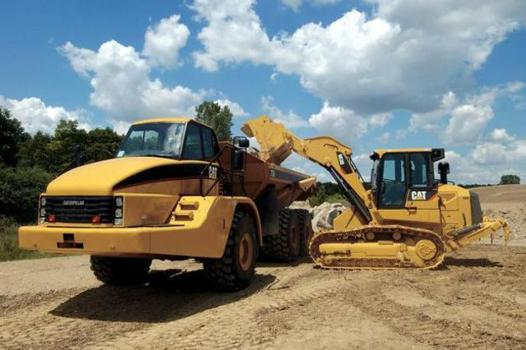 engins de chantier caterpillar