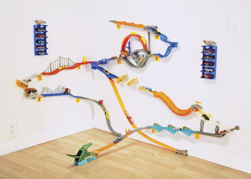 hot wheels circuit mural