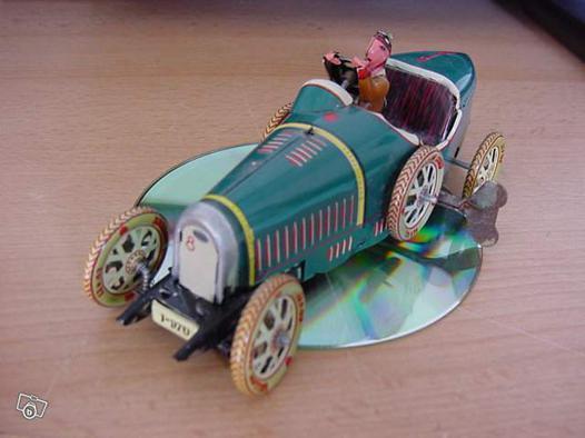 jouet voiture ancienne