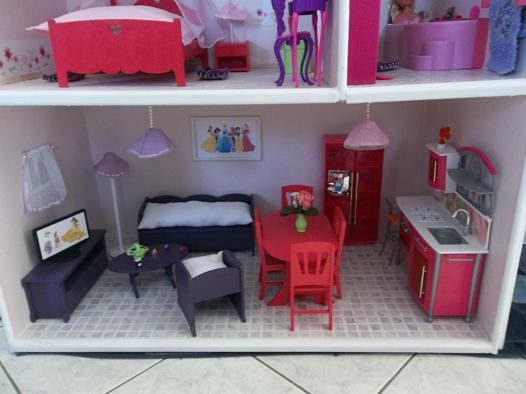 meuble en bois pour barbie