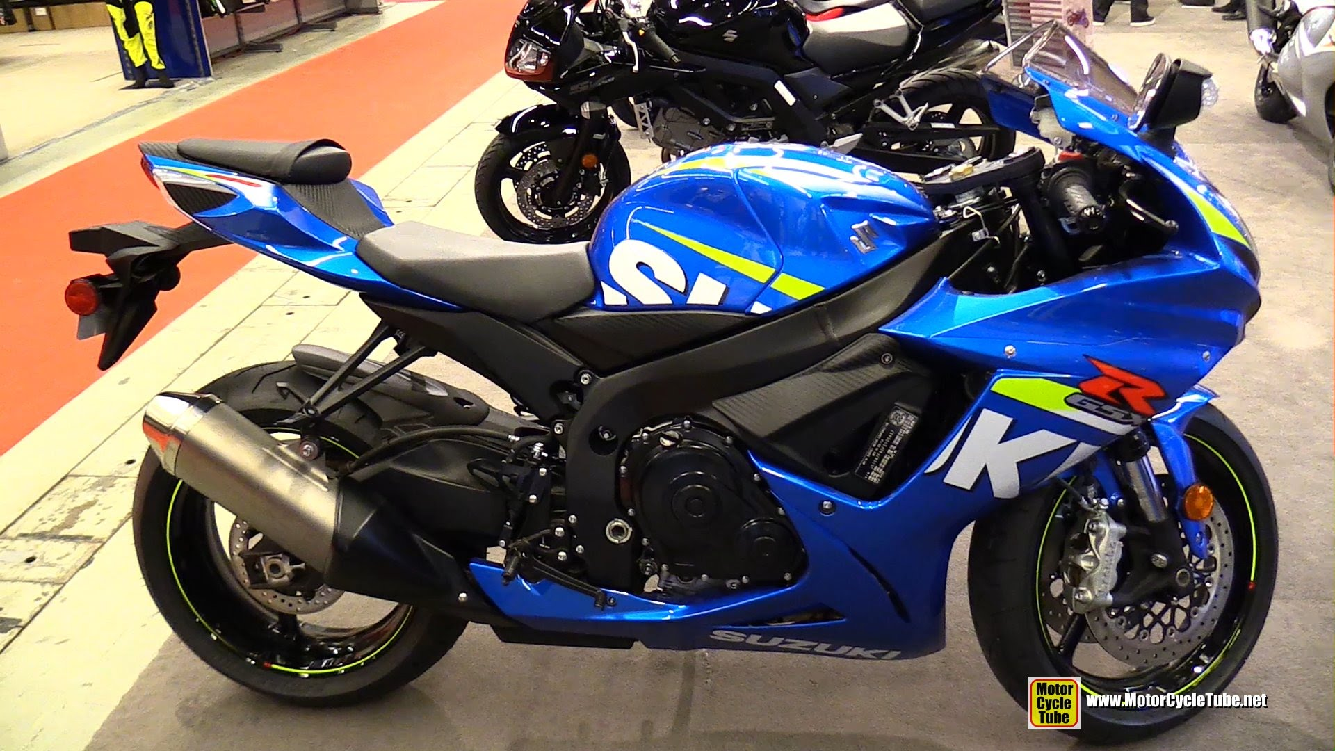 moto suzuki 2015