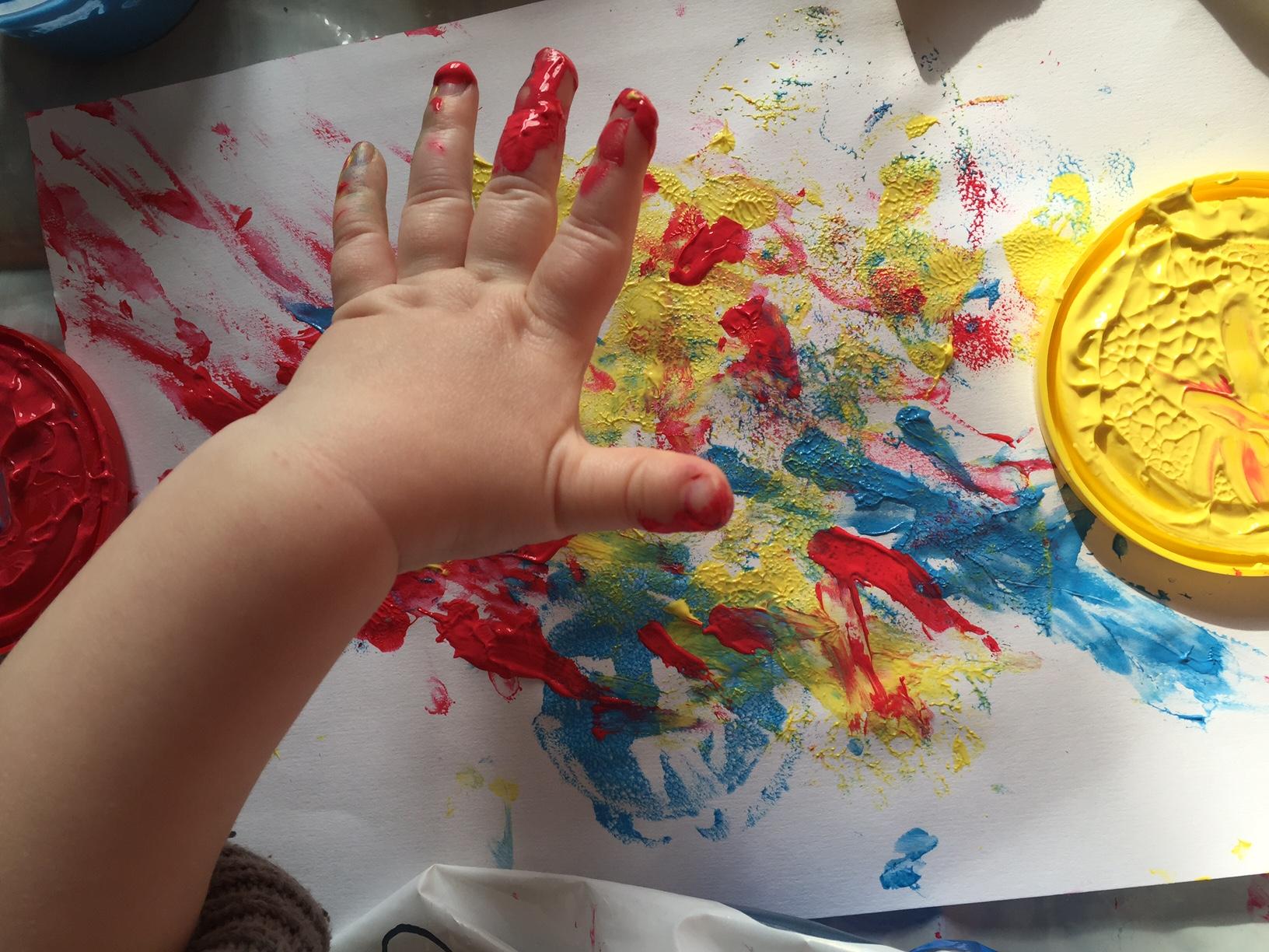 peinture doigt bébé