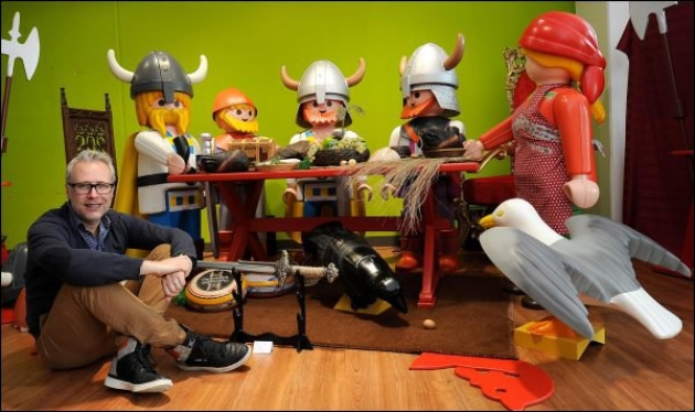 personnage playmobil geant