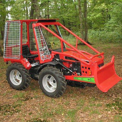 petit tracteur forestier