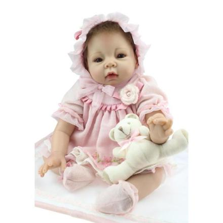 poupée pour enfant