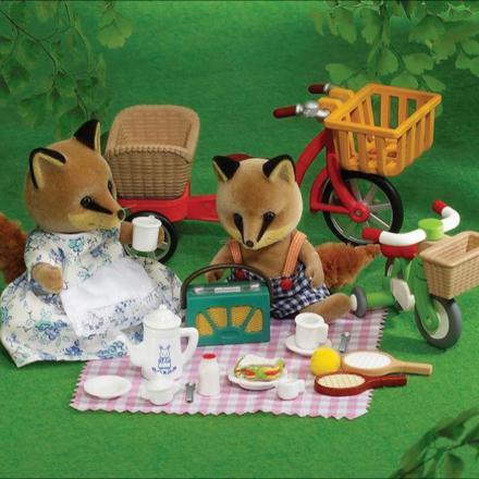 sylvanian families picnic set