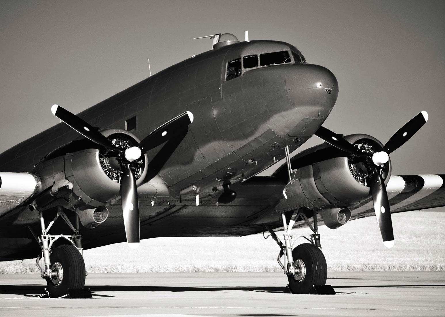 tableau avion noir et blanc