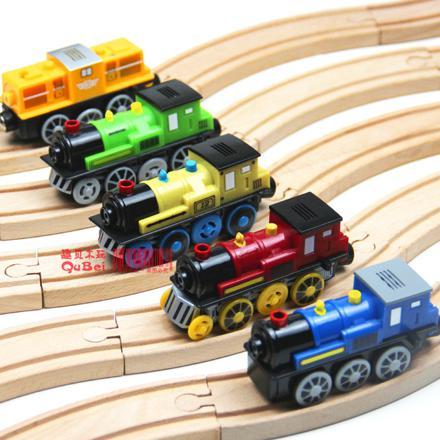 train electrique en bois