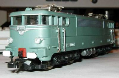 train electrique hornby ho